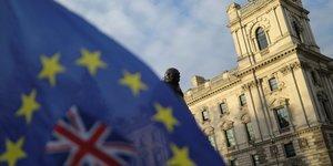 Brexit: les discussions dans l& 39 impasse selon bruxelles