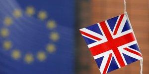 Deux nouveaux sondages donnent le camp anti-brexit en tete