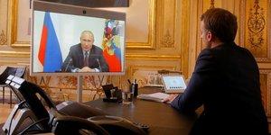 Emmanuel macron se rendra prochainement en russie