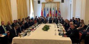 "Golfe: l'iran juge ""constructive"" la reunion d'urgence a vienne"