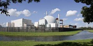 """Imposé par le gouvernement allemand aux opérateurs de centrales nucléaires depuis 2011, la taxe nucléaire a été jugé """"contraire à la Constitution"""" ce mercredi 7 juin."""