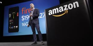 Jeff Bezos et le Fire Phone d'Amazon