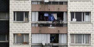 """La politique du logement """"malmenee"""", juge la fondation abbe pierre"""