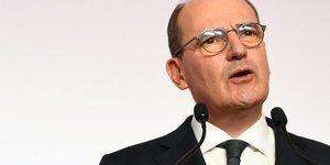 La relance vise a eviter un effondrement economique, dit castex