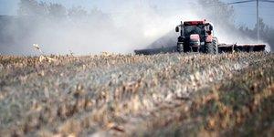 Le gouvernement instaure des zones tampon pour l& 39 utilisation des pesticides