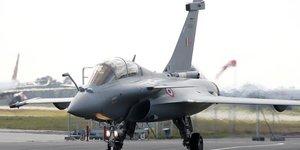 Les cinq premiers rafale acquis par l& 39 inde ont decolle de merignac