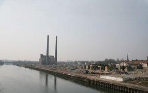 Les friches urbaines polluEes, enjeu d& 39 un dEveloppement durable