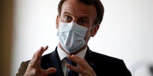 """Macron appelle a ne pas etre """"naifs"""" face a la gestion chinoise du coronavirus"""
