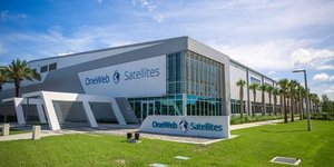 OneWeb SpaceX internet