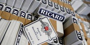 Pernod ricard vise une croissance de son resultat annuel apres un troisieme trimestre meilleur que prevu