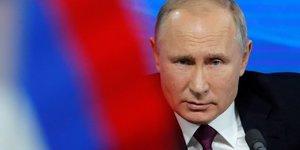Poutine supervise un test du missile hypersonique avangard