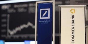 Une fusion seduit de plus en plus deutsche bank et commerzbank