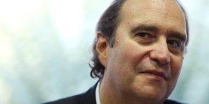 Unibail-rodamco: un groupe d'investisseurs dont xavier niel lance une bataille d'actionnaires